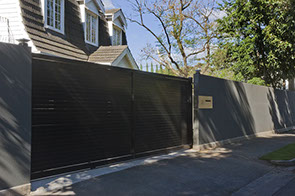 powder coated slat (no gap) sliding gate